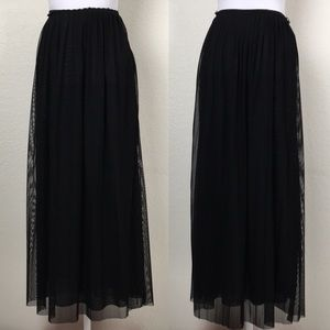 LA COQUINE Beverly Hills Pleated Maxi Skirt